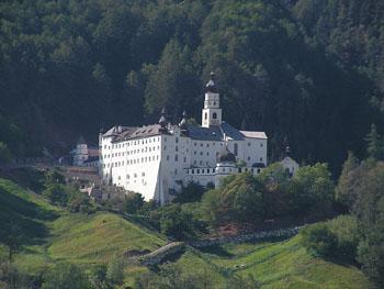 abbazia_benedettina_di_monte_maria.jpg